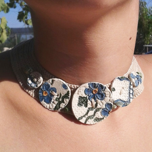 zgardan nasturi flori albastre